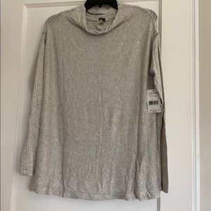 NWT Free People split back ribbed tunic